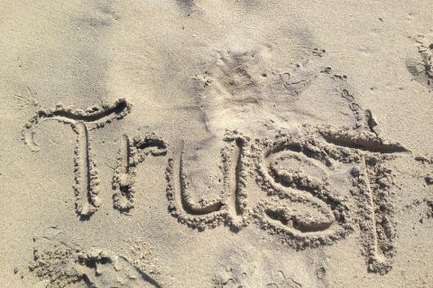 Trust - Pixabay -  CC0 Public Domain
